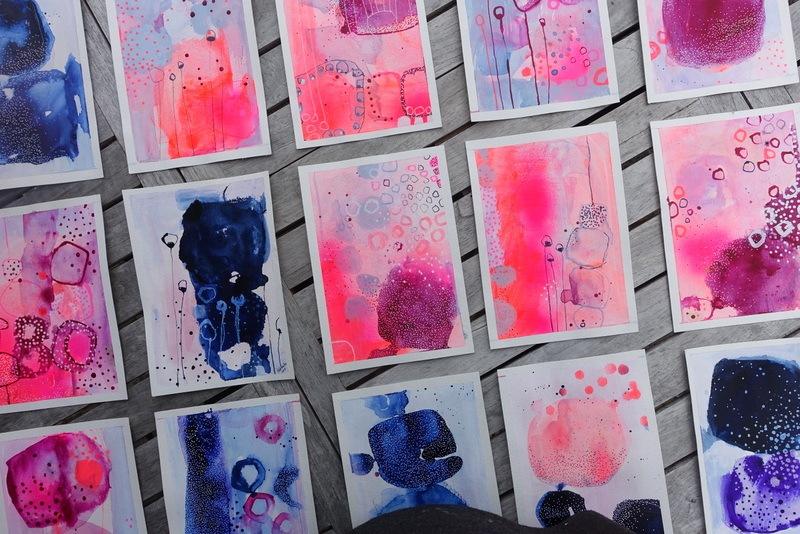 smaa abstrakte malerier
