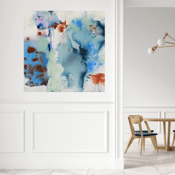 abstrakt maleri paa hvid bagrund
